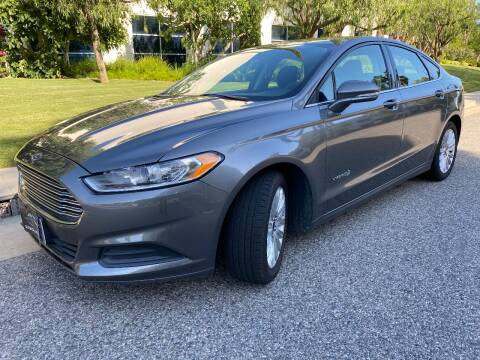 2014 Ford Fusion Hybrid for sale at Donada  Group Inc in Arleta CA