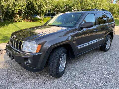 2005 Jeep Grand Cherokee for sale at Donada  Group Inc in Arleta CA