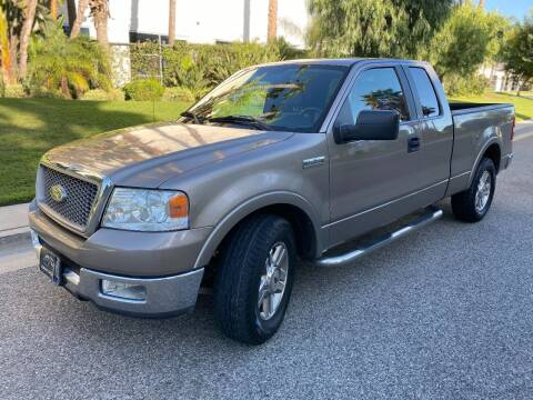 2005 Ford F-150 for sale at Donada  Group Inc in Arleta CA