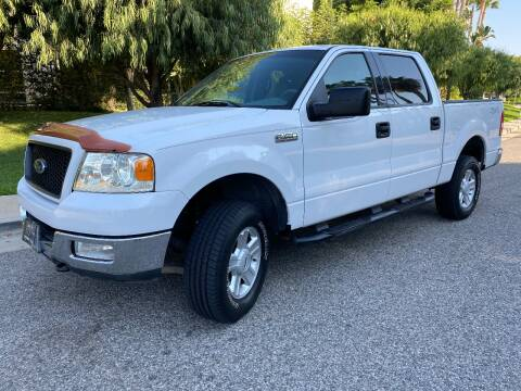 2004 Ford F-150 for sale at Donada  Group Inc in Arleta CA