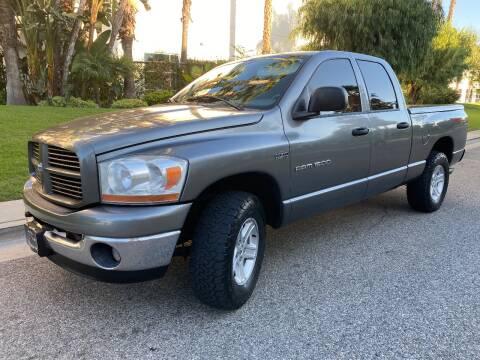 2006 Dodge Ram Pickup 1500 for sale at Donada  Group Inc in Arleta CA