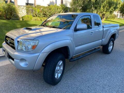 2005 Toyota Tacoma for sale at Donada  Group Inc in Arleta CA