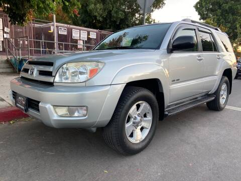 2004 Toyota 4Runner for sale at Donada  Group Inc in Arleta CA