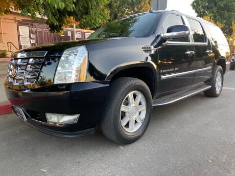 2008 Cadillac Escalade ESV for sale at Donada  Group Inc in Arleta CA