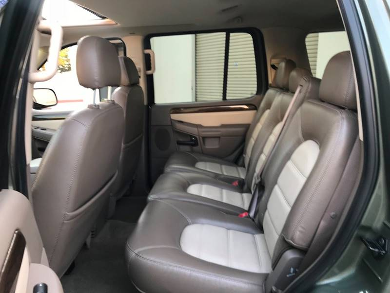 2004 ford explorer eddie bauer seat covers