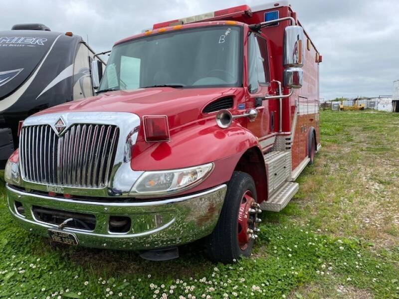2006 International 4300 for sale at The Ranch Auto Sales in Kansas City MO