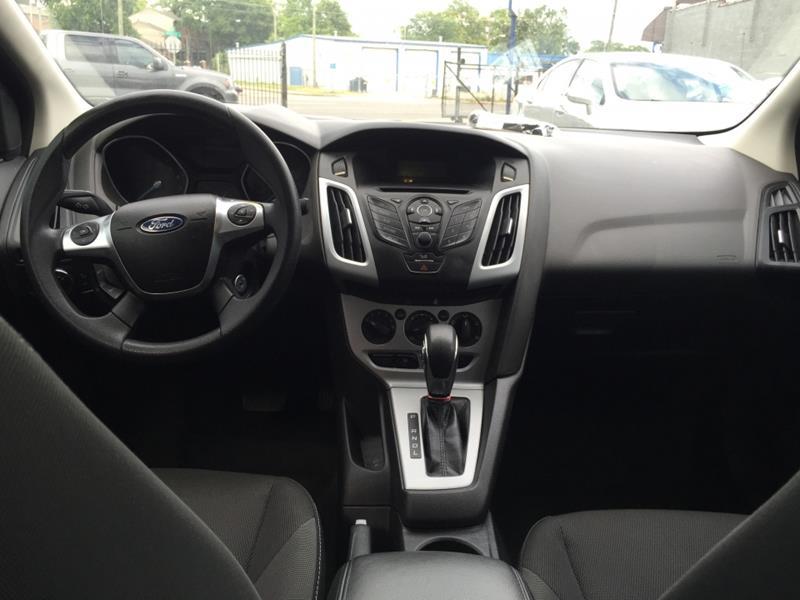 2012 Ford Focus SE 4dr Sedan - Nashville TN