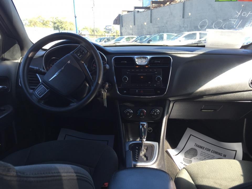 2012 Chrysler 200 LX 4dr Sedan - Nashville TN