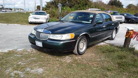 2001 Lincoln Town Car for sale in Sebring, FL
