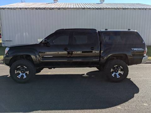 2012 Toyota Tacoma for sale at TNK Autos in Inman KS