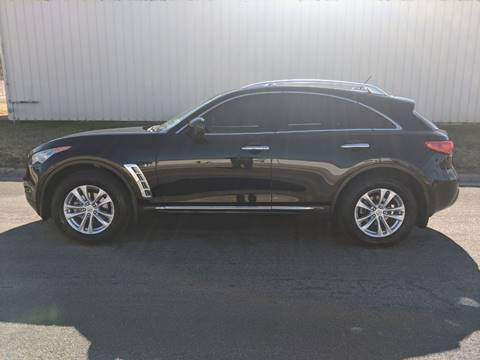 2015 Infiniti QX70 for sale at TNK Autos in Inman KS