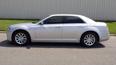 2012 Chrysler 300 for sale at TNK Autos in Inman KS