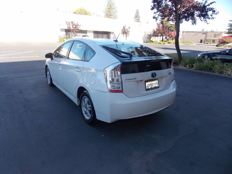 2010 Toyota Prius III 4dr Hatchback - Sacramento CA