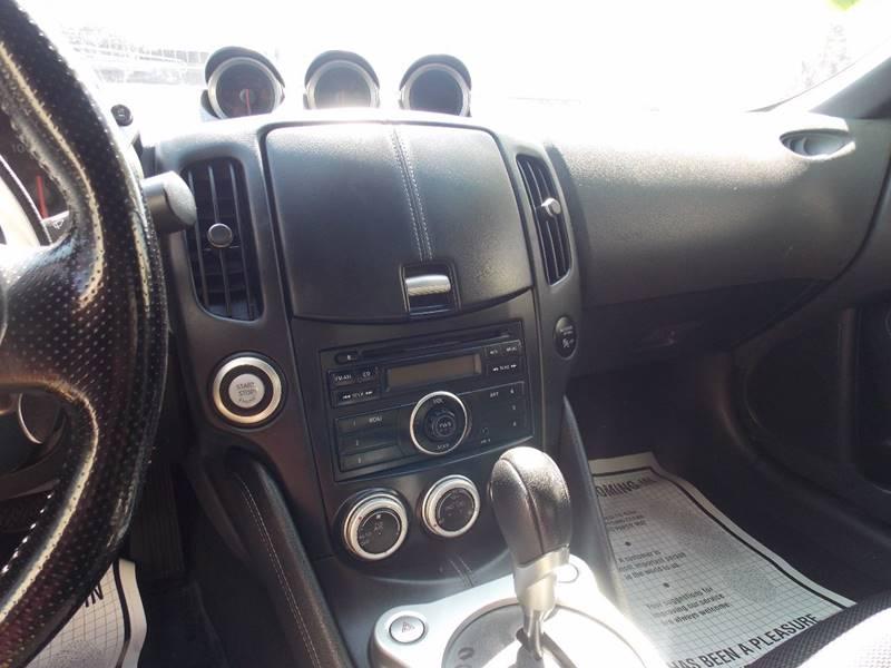 2011 Nissan 370Z 2dr Coupe 7A - Sacramento CA