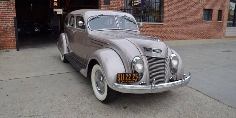 1937 Chrysler Imperial 1