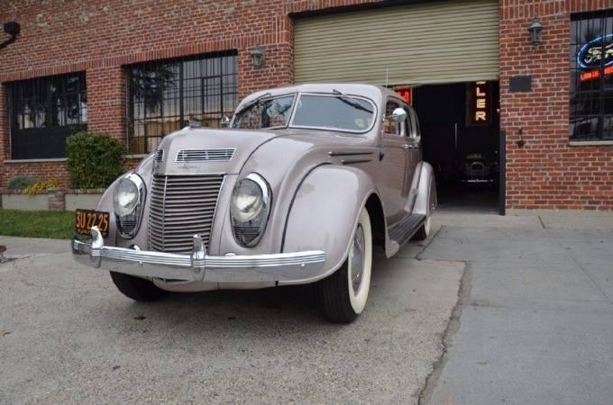 1937 Chrysler Imperial 3