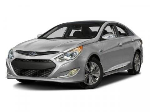 2015 Hyundai Sonata Hybrid for sale at DAVID McDAVID HONDA OF IRVING in Irving TX