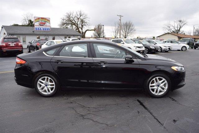 2016 Ford Fusion SE 4dr Sedan - Washington IL