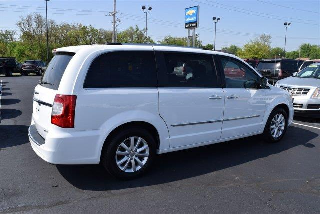 2015 Chrysler Town and Country Limited Platinum 4dr Mini-Van - Washington IL