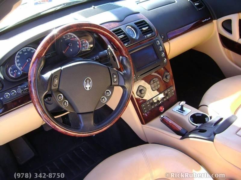 https://cdn04.carsforsale.com/3/1006365/13656570/950966586.jpg