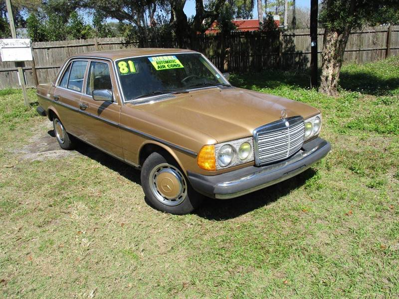 1981 Mercedes-Benz 300-Class