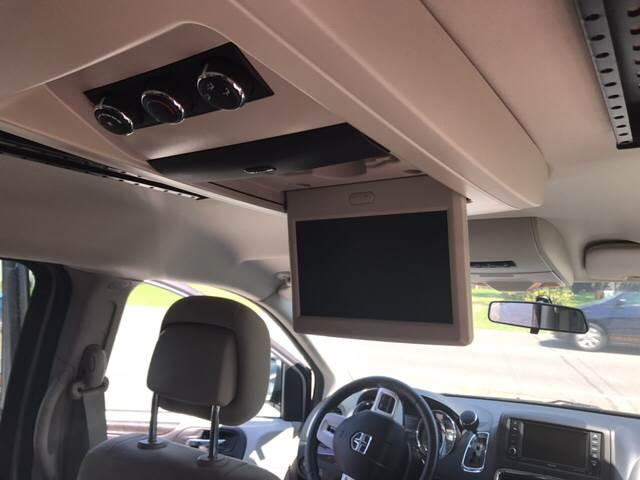 2014 Dodge Grand Caravan SXT 4dr Mini-Van - Clemmons NC