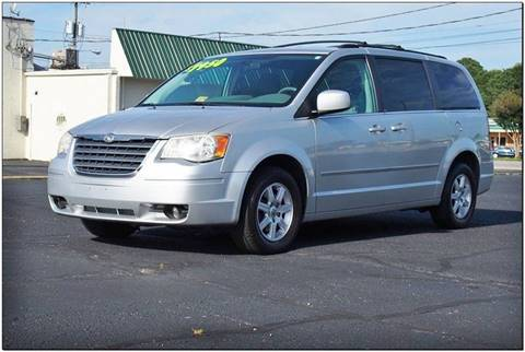 2010 Chrysler Town and Country for sale in Emporia, VA