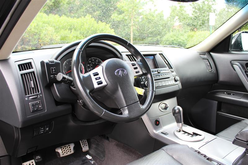 2005 Infiniti FX35 for sale at Quality Auto in Sterling VA