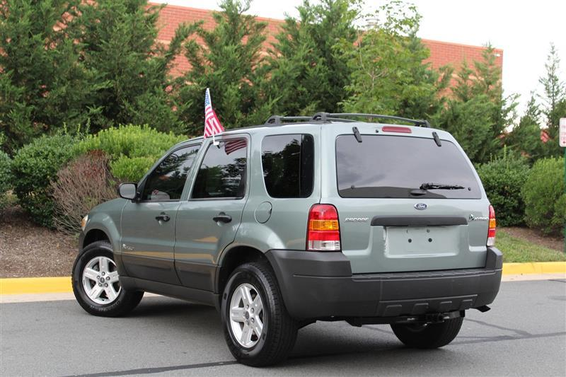 2005 Ford Escape for sale at Quality Auto in Sterling VA