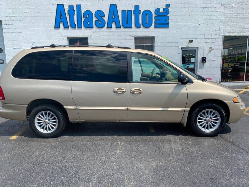 2000 Chrysler Town and Country 4dr LX Extended Mini-Van - Rochelle IL