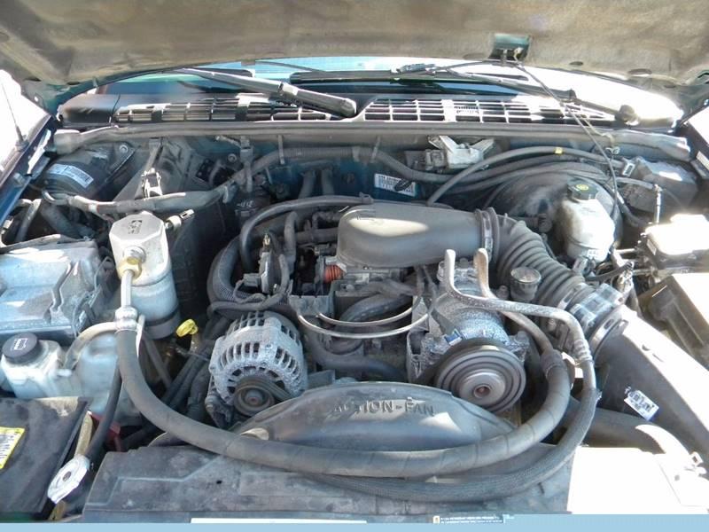 2004 GMC Sonoma 4dr Crew Cab SLS 4WD SB - Hayward MN