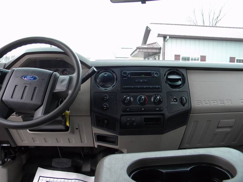 2009 Ford F-250 Super Duty 4x4 XL 4dr SuperCab 6.8 ft. SB Pickup - Hayward MN