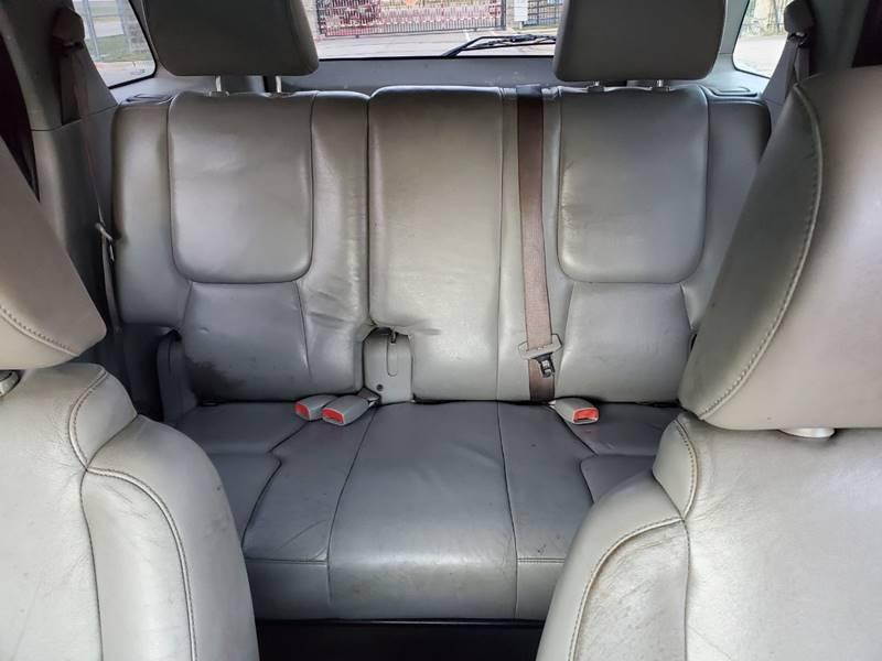 2005 Chevrolet Equinox LT (image 10)