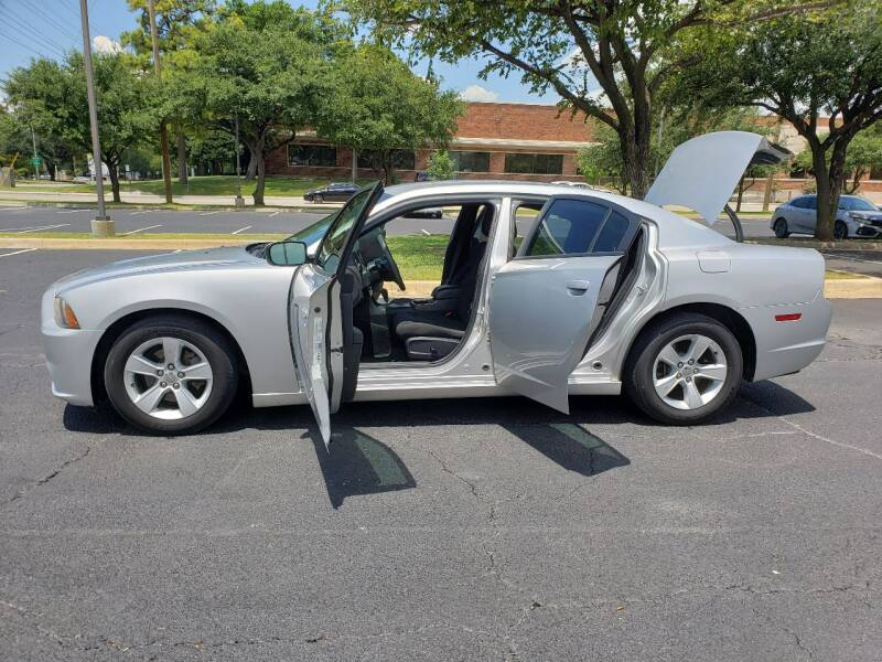 2012 Dodge Charger SE 4dr Sedan - Dallas TX