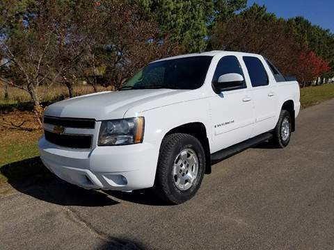 2007 Chevrolet Avalanche for sale in New York Mills, MN