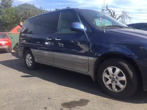 2004 Kia Sedona for sale in Tacoma, WA