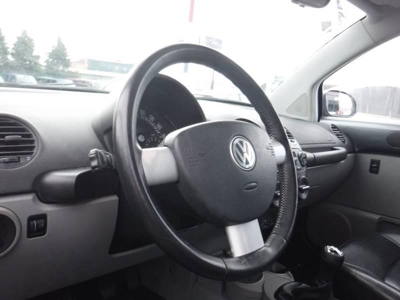 2004 Volkswagen New Beetle GLS 1.8T (image 5)