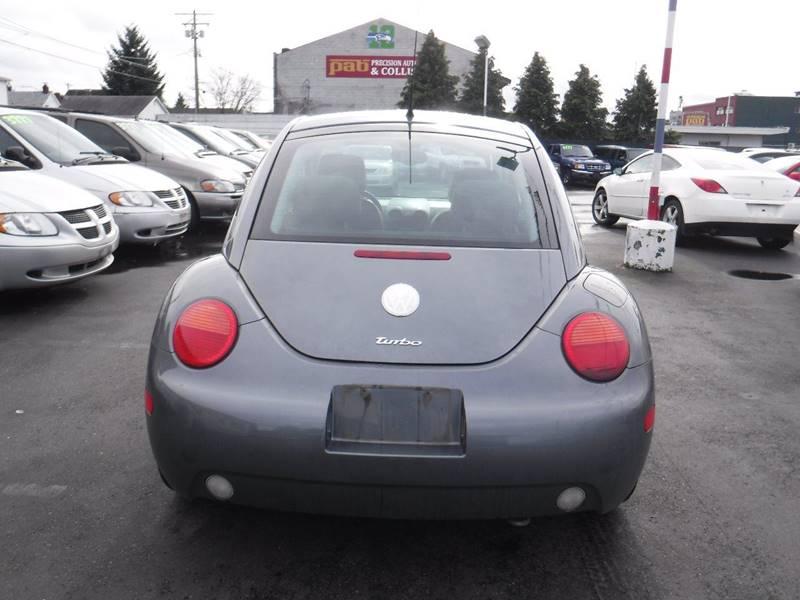 2004 Volkswagen New Beetle GLS 1.8T (image 10)