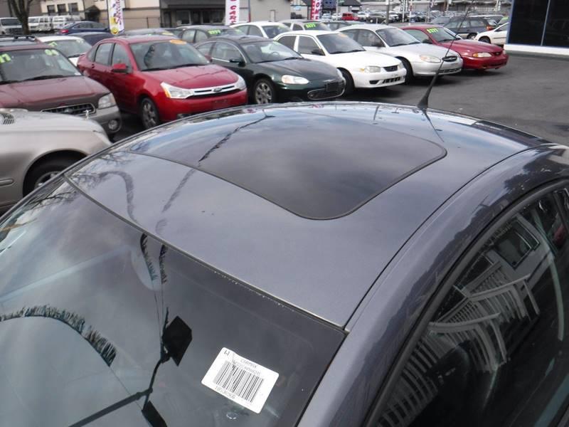2004 Volkswagen New Beetle GLS 1.8T (image 11)