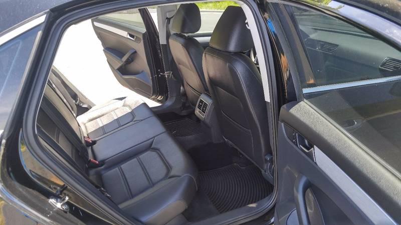 2013 Volkswagen Passat SE 4dr Sedan 6A - Prior Lake MN