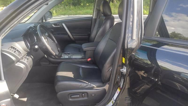 2010 Toyota Highlander AWD SE 4dr SUV - Prior Lake MN