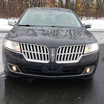 2011 Lincoln MKZ for sale at Universal Motors in Prior Lake MN