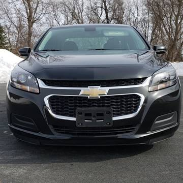 2015 Chevrolet Malibu for sale at Universal Motors in Prior Lake MN