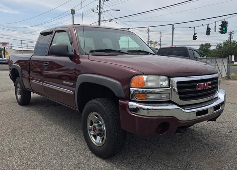 2003 GMC Sierra 2500 for sale at CT Auto Center Sales in Milford CT