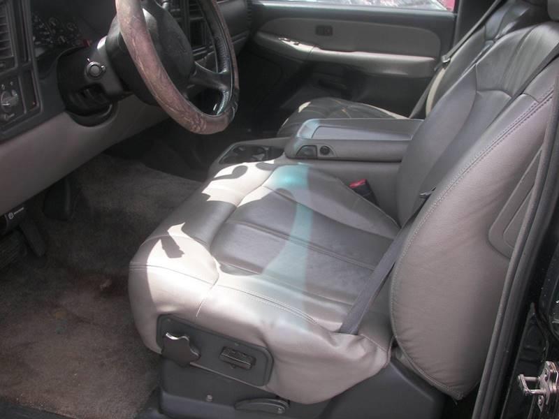 2001 Chevrolet Tahoe LS 2WD 4dr SUV - Columbus GA