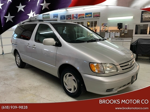 2002 Toyota Sienna for sale at Brooks Motor Company in Columbia IL
