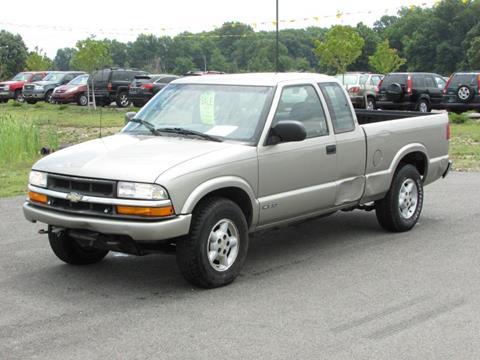 2000 Chevrolet S-10 for sale in Delaware, OH