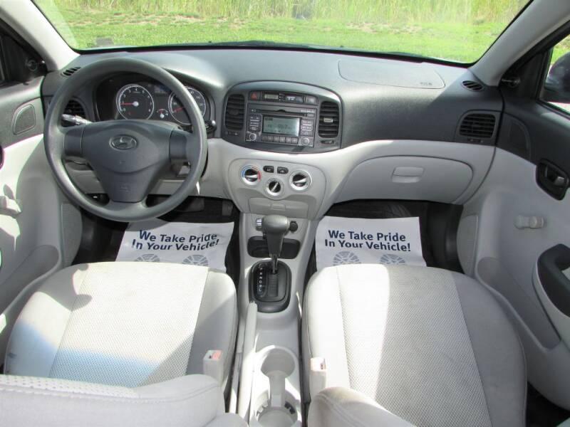 2011 Hyundai Accent GLS 4dr Sedan - Delaware OH