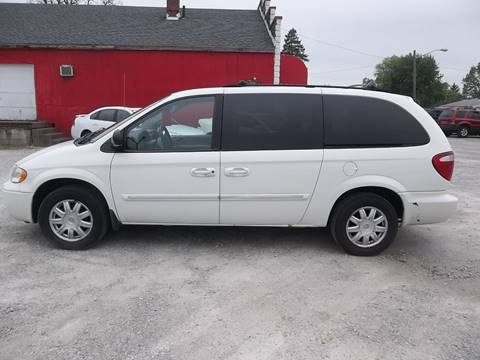 2007 Chrysler Town and Country for sale in Connersville, IN