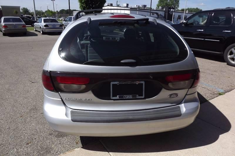 2005 Ford Taurus SEL 4dr Wagon - Grand Rapids MI
